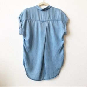 Anthropologie Tops - Anthropologie Cloth & Stone Chambray Blouse